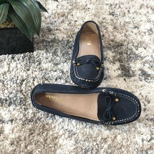 NWOB SPERRY Leather Moccasins. SZ 8